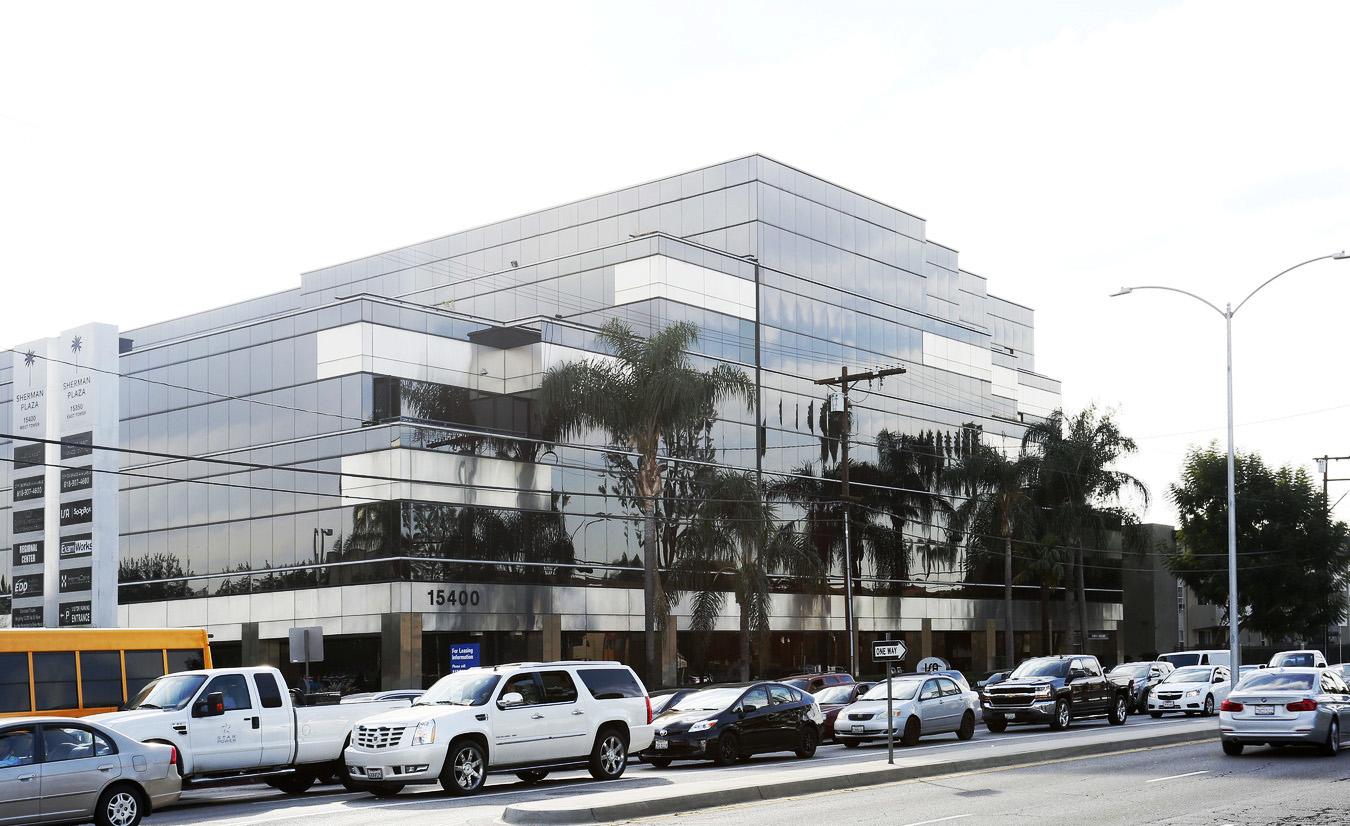 15400 Sherman Way San Fernando Office Space